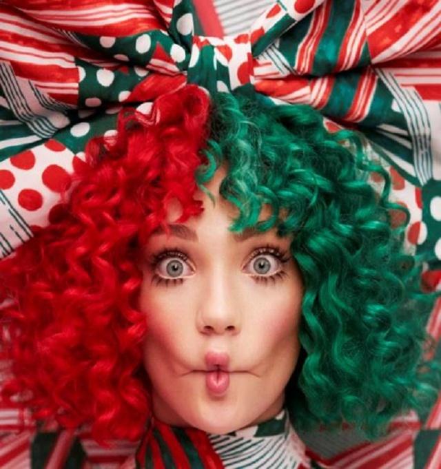 ¡Ya comienzan a llegar los albumes navideños! La primera en anunciar el suyo es Sia.