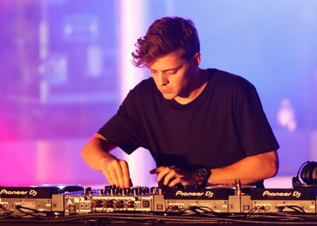 Luis Lopez conversa con el DJ #1 del mundo y nos cuenta que los inspira a componer.